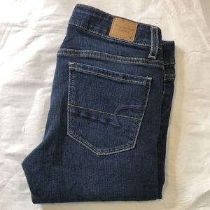 AMERICAN EAGLE blue low rise stretch skinny jeans